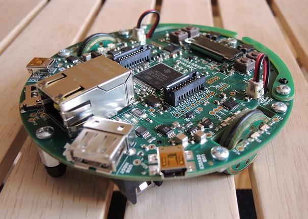 Stellaris Evalbot robot